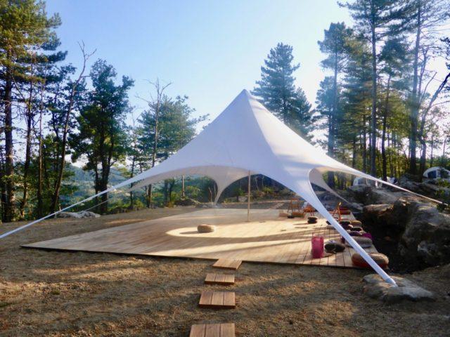 stage qi gong et méditation avec Ingrid au dojo nature du Domaine du Taillé en Ardèche
